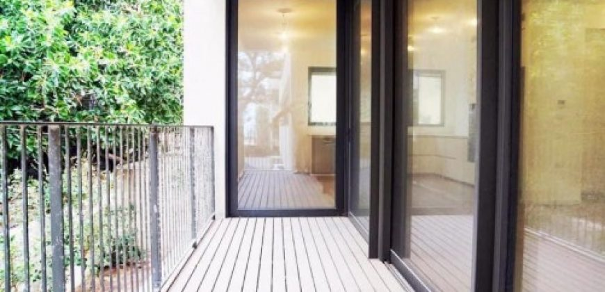 IRRESISTIBLE MODERN 3 ROOM APARTMENT IN CENTER AREA PFN # 2161
