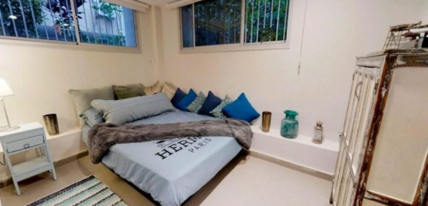 MAGNIFICENT FULLY FURNISHED 3.5 ROOM APARTMENT IN CENTER AREA PFN # 2701